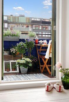 Idee per arredare e addobbare il balcone estivo
