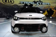 2015 Kia Trail'ster: Front Grille
