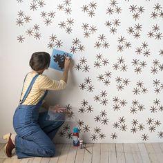 DIY wall stencil idea that looks like wallpaper