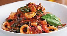 Lula ao Molho | Brasileira | Receitas Gshow Portuguese Recipes, Japchae, Spaghetti, Food And Drink, Ethnic Recipes, Pastel, Recipes With Shrimp, Tasty Food Recipes, Cilantro Dressing