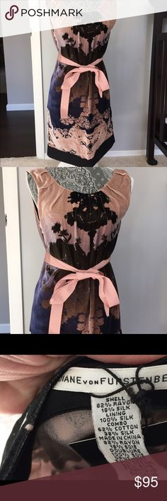 Diane Von furstenberg dress Gorgeous Diane Von furstenberg dress. Versatile, great for parties, date night, work. Outer shell has velvety feel. Fits true to size and is in great preowned condition Diane von Furstenberg Dresses