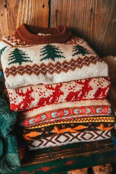 Christmas Feeling, Cozy Christmas, Christmas Time, Christmas Sweaters, Christmas Outfits, Motif Fair Isle, Fantastic Fox, Estilo Cool, Fox Sweater