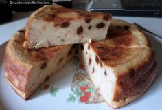 #Pudding au pain rassis #Pudding #Pain rassis #Desserts #Recettes #Recettes du Sud #Recettes faciles Pour 3-6 personnes : - 300 g de pain rassis - 150 g de sucre en poudre - 3 œufs - 1 litre de lait - 100 g de raisins secs - 1 cuillère à soupe de rhum...