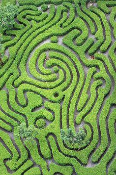 Maze Garden, Kuala Lumpur, Malaysia Copyright: chai TY - All For Garden Kuala Lumpur, Topiary Garden, Garden Art, Ipoh, Amazing Gardens, Beautiful Gardens, Penang, Amazing Maze, Awesome