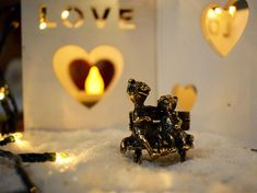 St Valentines day gift sweet couple figurine pair of cats