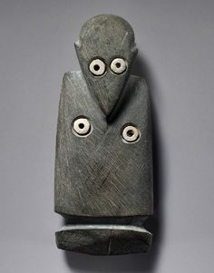 Siltstone figure with inlaid shell eyes and breasts, Naqada, Grave 271. Chalcolithic Predynastic Egypt