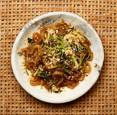 Meera Sodha's vegan recipe for hot-and-sour potato noodles with pak choi | Vegan food and drink | The Guardian Vegan Recipes Hot, Healthy Salad Recipes, Veggie Recipes, Cooking Recipes, Veggie Meals, Savoury Recipes, Salmon Recipes, Asian Recipes, Ethnic Recipes