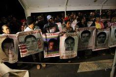 Padres de los normalistas insisten en diálogo con Osorio Chong