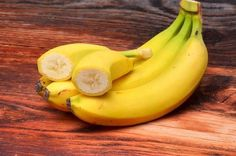 12 utilisations insolites que vous pouvez faire avec une peau de banane : vous allez adorer la 5 !