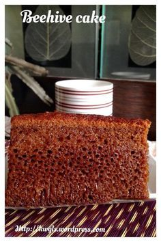 INTRODUCTION This is my second post on the Malaysian Beehive cake or kek sarang semut. I have decided to prepare this cake after I shared this recipe with one of the Facebook group members yesterda…