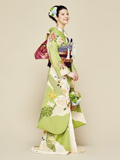 kimono for wedding Traditioneller Kimono, Kimono Japan, Japanese Kimono, Traditional Kimono, Traditional Fashion, Traditional Dresses, Yukata, Oriental Fashion, European Fashion