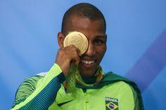 Robson Conceição conquista primeiro ouro da história do Brasil no boxe (Foto…