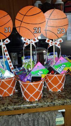 Ideas For Basket Ball Decorations Senior Night Ideas For Basket Bal. Basketball Baby Shower, Sport Basketball, Basketball Birthday Parties, Basketball Gifts, Basketball Party Favors, Basketball Cookies, Basketball Decorations, Senior Night Gifts, Snacks Für Party