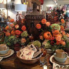 Loving this table setting!