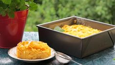 Zapečené těstoviny s tvarohem nasladko: nudlový nákyp s jablky Macaroni And Cheese, Ethnic Recipes, Food, Mac And Cheese, Eten, Meals, Diet