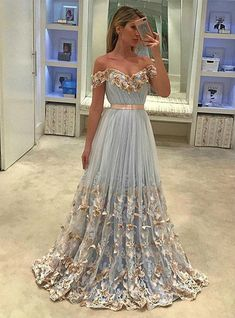 Silhouette:a-line Hemline:floor length Neckline:off shoulder Fabric:chiffon Sleeve Style:sleeveless Color:blue Back Style:zipper up Embellishment:appliques