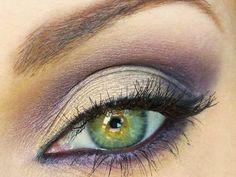 Now if only I could apply make-up like this.For Green and Hazel Eyes - Silvers amp; Purples eye make up Pretty Makeup, Love Makeup, Simple Makeup, Makeup Looks, Gorgeous Makeup, Makeup 101, Skin Makeup, Beauty Makeup, Makeup Ideas