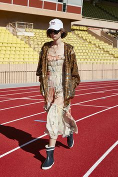 Celine Spring 2021 Ready-to-Wear Collection - Vogue Fashion Hub, Fashion Week, Star Fashion, Runway Fashion, Fashion Beauty, Fashion Trends, Paris Fashion, The Collection Film, Fashion Show Collection