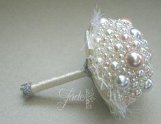 #gyöngycsokor #örökcsokor Jade, Belly Button Rings, Wedding, Jewelry, Fashion, Valentines Day Weddings, Moda, Jewlery, Jewerly