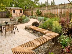 Popular of Backyard Stone Patio Ideas 88 Outdoor Patio Design Ideas Brick Flagstone Covered Patios Small Patio Design, Outdoor Patio Designs, Small Backyard Landscaping, Landscaping Tips, Backyard Patio, Garden Design, Patio Ideas, Fence Ideas, Patio Bench