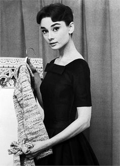 Audrey Hepburn, Hollywood film star, is tied for fifth place with Marlene Dietrich on the 1956 list of the World's Best Dressed Women, made public today by the Couture Group of the New York Dress. Audrey Hepburn Outfit, Audrey Hepburn Born, Audrey Hepburn Photos, Fred Astaire, Brigitte Bardot, Golden Age Of Hollywood, Old Hollywood, Hollywood Stars, Hollywood Images