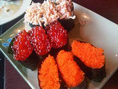 Lobster, salmon roe, smelt roe Whole Food Recipes, Healthy Recipes, Healthy Food, Salmon Roe, Sushi Love, Eat Happy, Sashimi, Japanese Food, Superfood