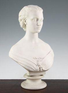 Busto da Princesa Alexandra em parian do sec.19th (1869 ), 38cm de altura, 1,810 USD / 1,710 EUROS / 6,940 REAIS / 11,540 CHINESE YUAN soulcariocantiques.tictail.com