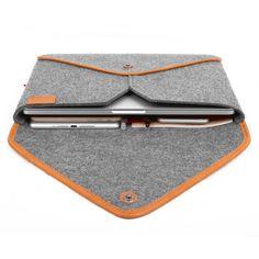 "Macbook Pro 13"" Retina Display Macbook Sleeve Wool Felt Case for Pro 13"" Retina Genuine Leather Edge Bag Envelope Style TopHome Design KK door TopHome op Etsy https://www.etsy.com/nl/listing/207128970/macbook-pro-13-retina-display-macbook"