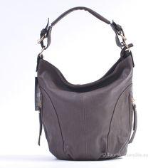 Ciemnobrązowa wersja zgrabnej #torebki damskiej. Wymiary 30 x 28 cm, 5 kieszeni w środku, 3 na zewnątrz. Modny, ciemny odcień brązu #handbags