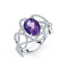 TANZANITE JEWELRY    Under $10,000    18k gold ring with diamonds and tanzanite; $4,820; Hidalgo