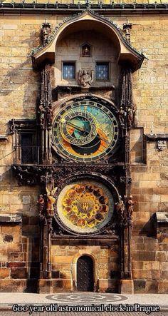 600 yr old clock in Prague