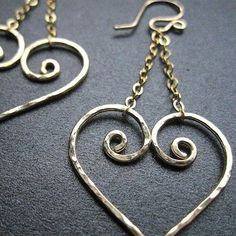 Nouveau 88 Hammered heart earrings by CalicoJunoJewelry on Etsy