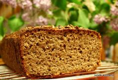 Chleb razowy pszenno-żytni ze słonecznikiem