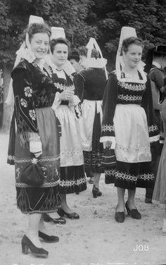 Le costume breton | archives-finistere.fr