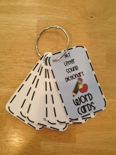 I like this idea for creating personal dictionaries for each student using index cards and a book ring