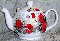 6C Poppy English Bone China Teapot - Roses And Teacups