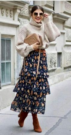 Moda Vintage Casual Fall Ideas For 2019 Look Fashion, Trendy Fashion, Autumn Fashion, Vintage Fashion, Womens Fashion, Fashion Trends, Fashion Ideas, Trendy Style, Vintage Outfits