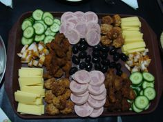 Appetizer or for a buffet Simple Recipes, Healthy Recipes, Cobb Salad, Acai Bowl, Food To Make, Buffet, Easy Meals, Appetizers, Cheese