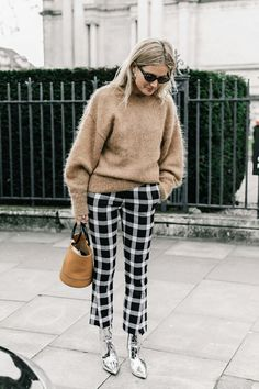 Street style London Fashion Week 2017 February