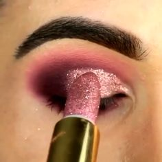 Chip-Make-up Makeup - makeup products - makeup tutorial - makeup tips - Source makeup for brown eyes Makeup Eye Looks, Eye Makeup Steps, Beautiful Eye Makeup, Cute Makeup, Eyebrow Makeup, Skin Makeup, Eyeshadow Makeup, Shimmer Eyeshadow, Perfect Makeup