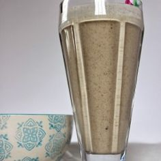 Paleo Snickerdoodle milkshake, dairy free, sugar gree