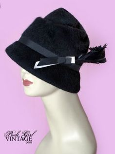 1930's wool deco feather hat