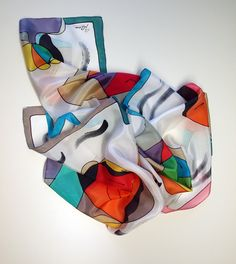 Hand Painted Silk Scarf.Style Picasso Scarf.Hand Painted Silk Shawl.71x18 in 180x45 cm) Wedding Gift.Giveaways de gilbea en Etsy