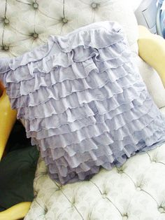 MaryJanes and Galoshes: Ruffle Fabric Pillow Tutorial