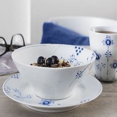 Royal Copenhagen: Blue Elements bowl