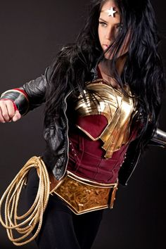 Wonder Woman - 'Best of' Cosplay Collection - News - GeekTyrant I like this because its not insanely illogical wear for a female<===== OMG I LOVE THIS . It's such a creative, imaginative way to cosplay Wonder Woman. Dc Cosplay, Best Cosplay, Cosplay Girls, Good Woman, Wonder Woman Cosplay, Modest Wonder Woman Costume, Superman, Batman, Costume Original