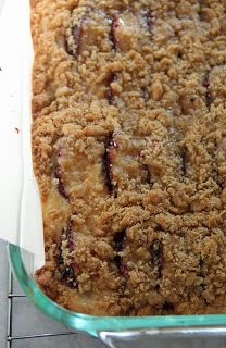Jo and Sue: Plum Streusel Kuchen
