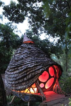 Kaleidoscope hut | 1001 Gardens