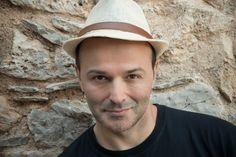 Γιώργος+Ηλιόπουλος:+«Φοβόμαστε+την+ευτυχία,+γιατί+δεν+είναι+εύκολα+διαχειρίσιμη»
