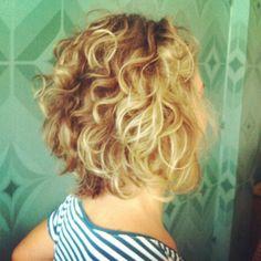 loiro, cabelo curto, short hair Hairdos, Hairstyles, Curly Girl, Bad Hair, Femininity, Cut And Color, Look, Short Hair Styles, Hair Cuts